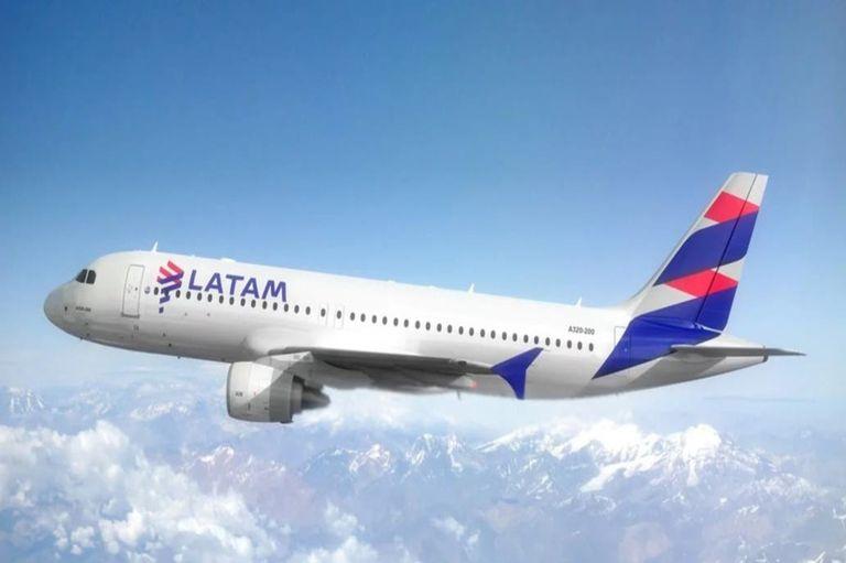Ya no habrá vuelos internos de Lan en el país