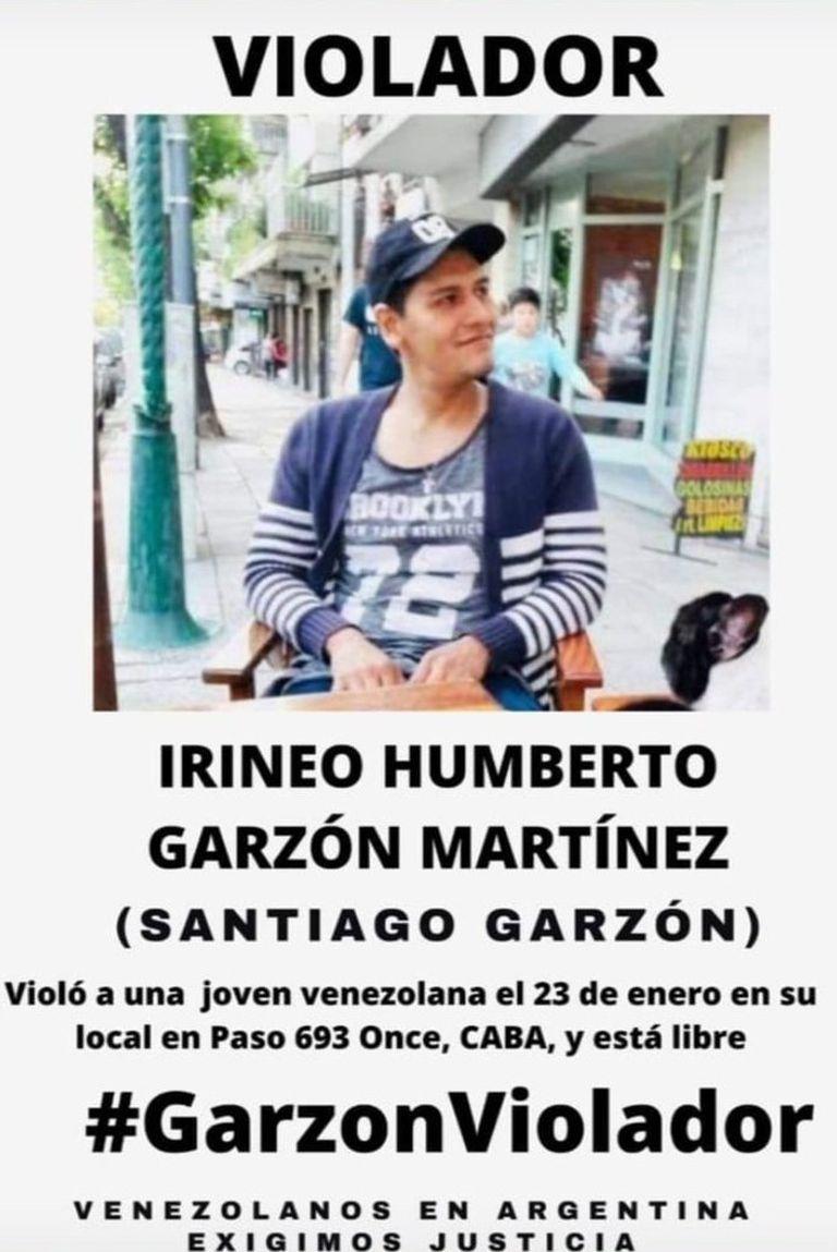 Afiche en el que se señala al comerciante Irineo Garzón, acusado de drogar a una chica venezolana y abusar de ella en un local de venta de uniformes médicos de Balvanera