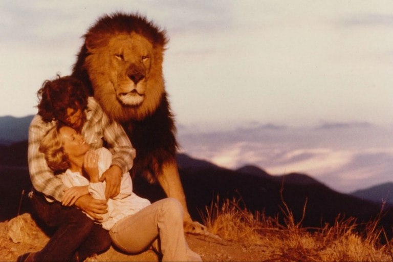 El rodaje del film inspiró el documental Roar: The Most Dangerous Movie Ever Made - The Strange Truth