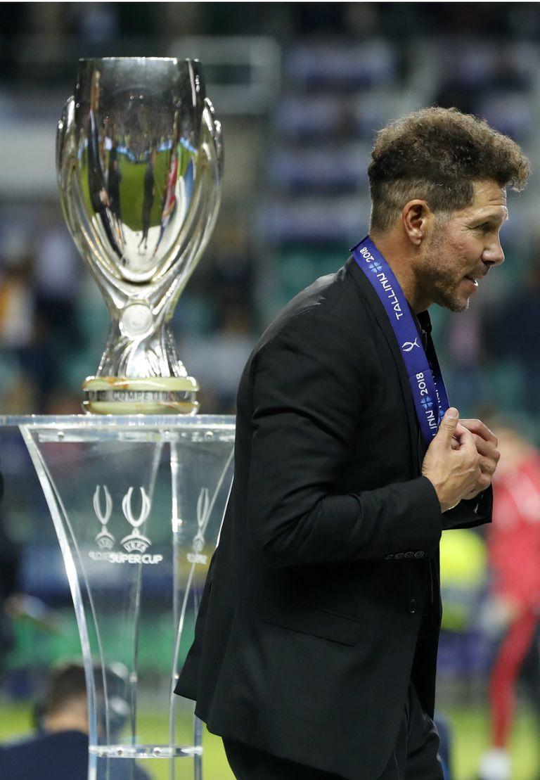 Atlético de Madrid le ganó la Supercopa europea a Real y el Cholo se convirtió en el técnico con más títulos en la historia colchonera