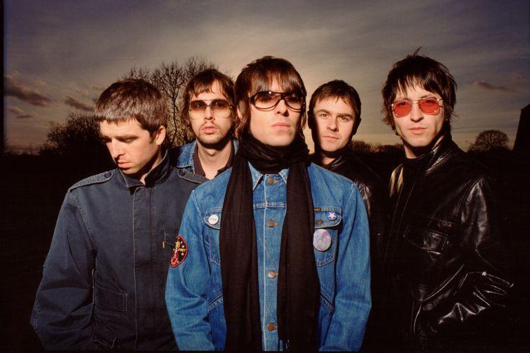 Oasis, la banda que puso al brit pop en lo más alto en los años 90, después del rugido grunge