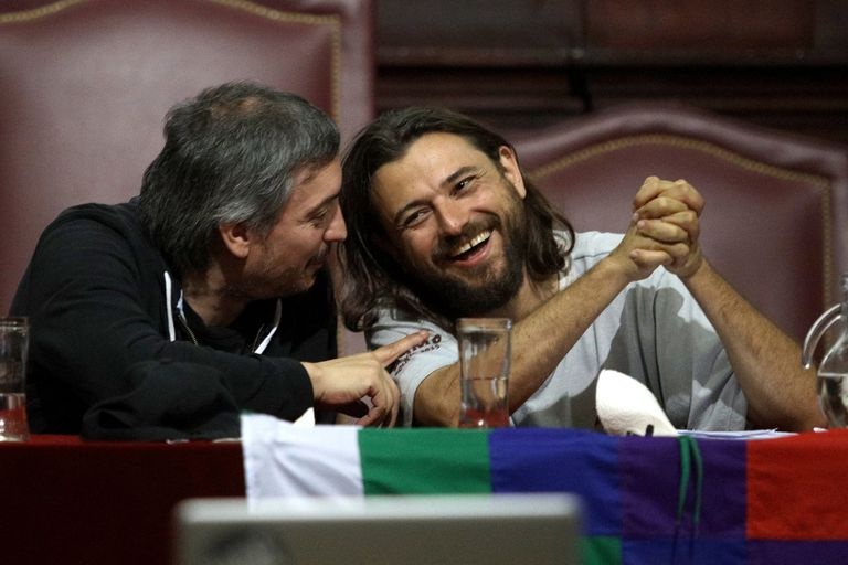 Juan Grabois en un evento junto a Máximo Kirchner