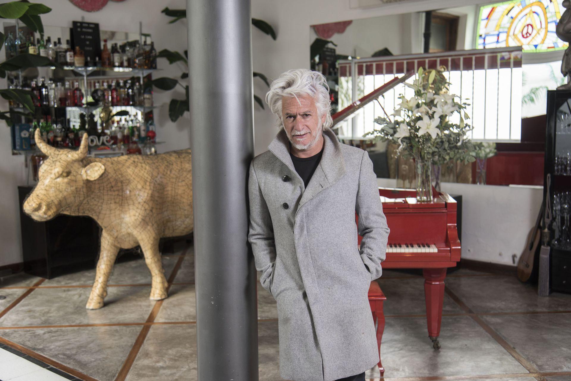 """Bañares creó la """"Embajada de Transilvania"""" hace más de 15 años"""