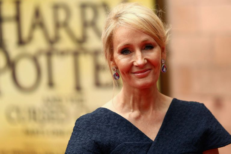 J.K. Rowling hace su aporte a la cuarentena: permite que los libros del mago se usen en las escuelas
