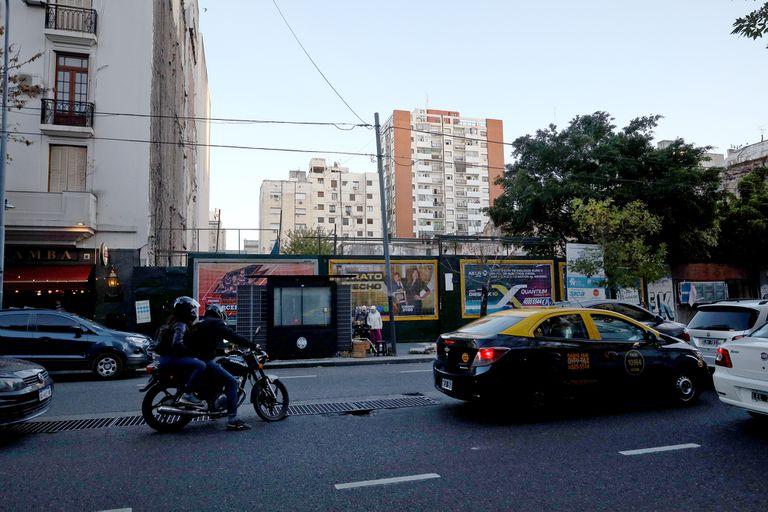 En la avenida Rivadavia 2150, donde funcionaba la Casa del Pueblo Socialista, también se encuentra en litigio