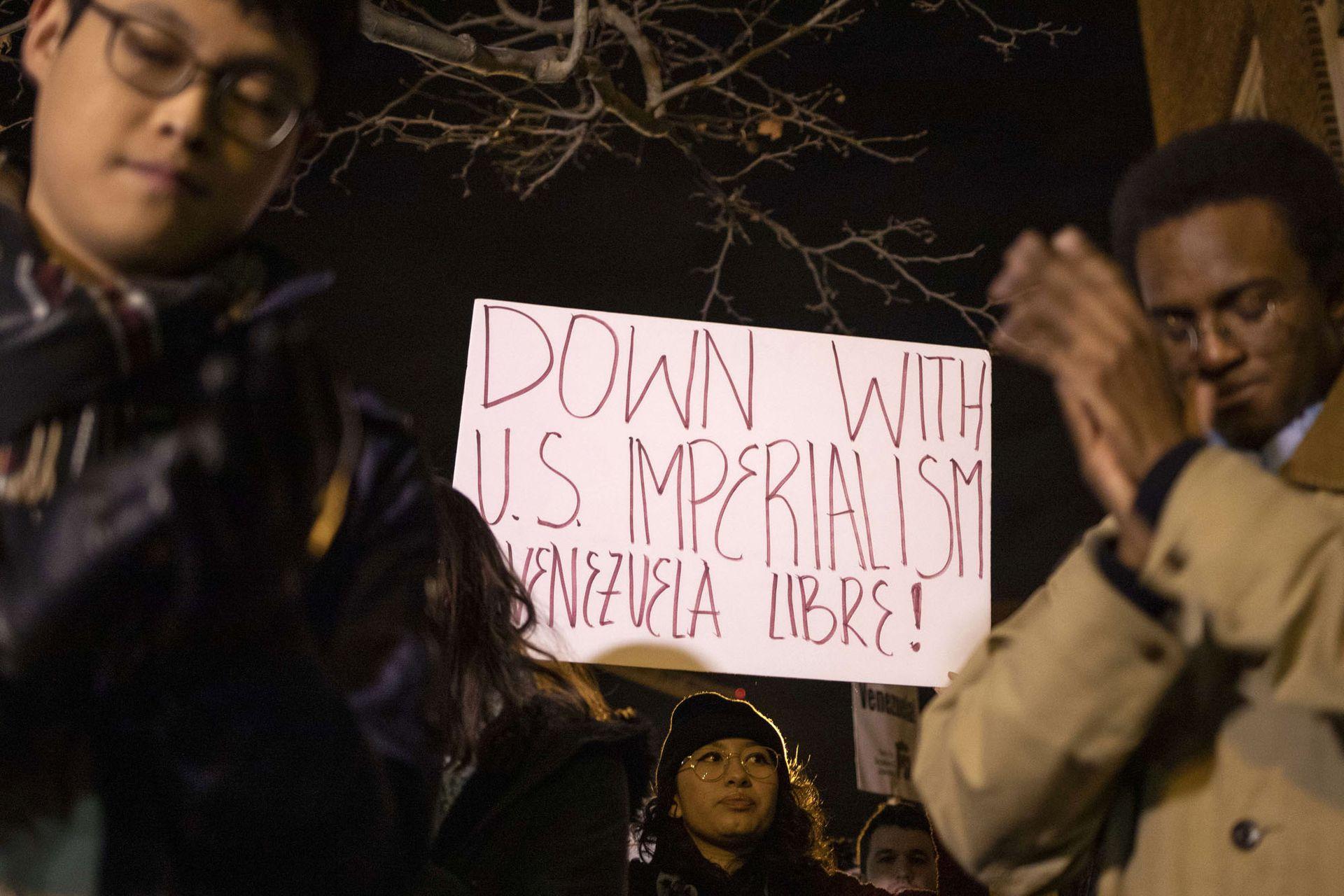 Manifestación pro-Maduro en Washington, D.C, EE.UU.