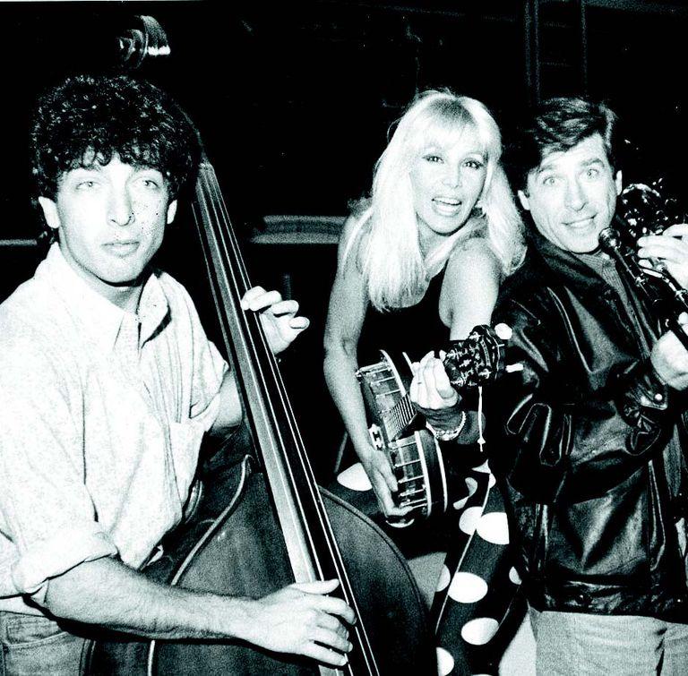 Darín, Susana y Puig, en un ensayo de Sugar (1986)