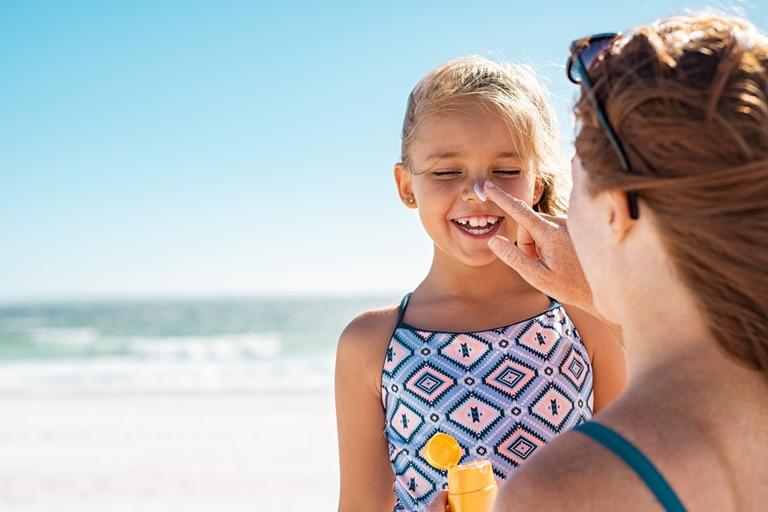 Las mejores recomendaciones sobre cómo tomar sol y adquirir un tono bronceado de forma saludable