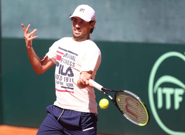 El bahiense Guido Pella, segundo singlista argentino en la serie de Copa Davis ante Belarús, en el BALTC.