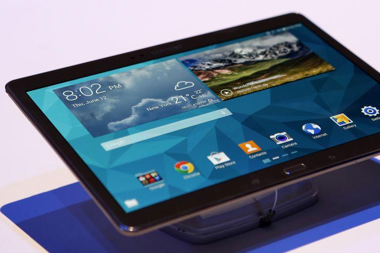 La SecuTABLET de BlackBerry es una versión modificada de la tableta Galaxy Tab 10.1 con una solución liderada por Secusmart junto a IBM