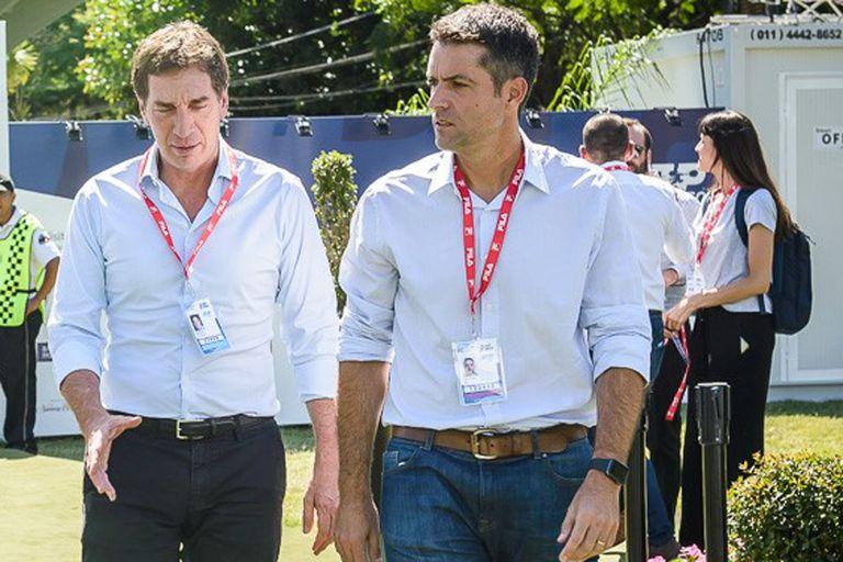 Diego Santilli, vicejefe de Gobierno de la Ciudad, conversa con Agustín Calleri, presidente de la Asociación, en el Buenos Aires Lawn Tennis Club