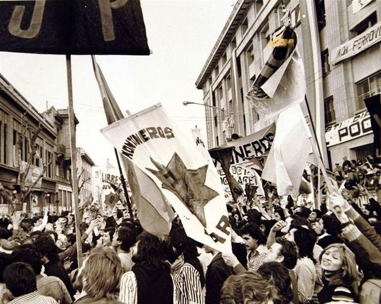 Una movilización de los Montoneros, en los convulsionados años 70