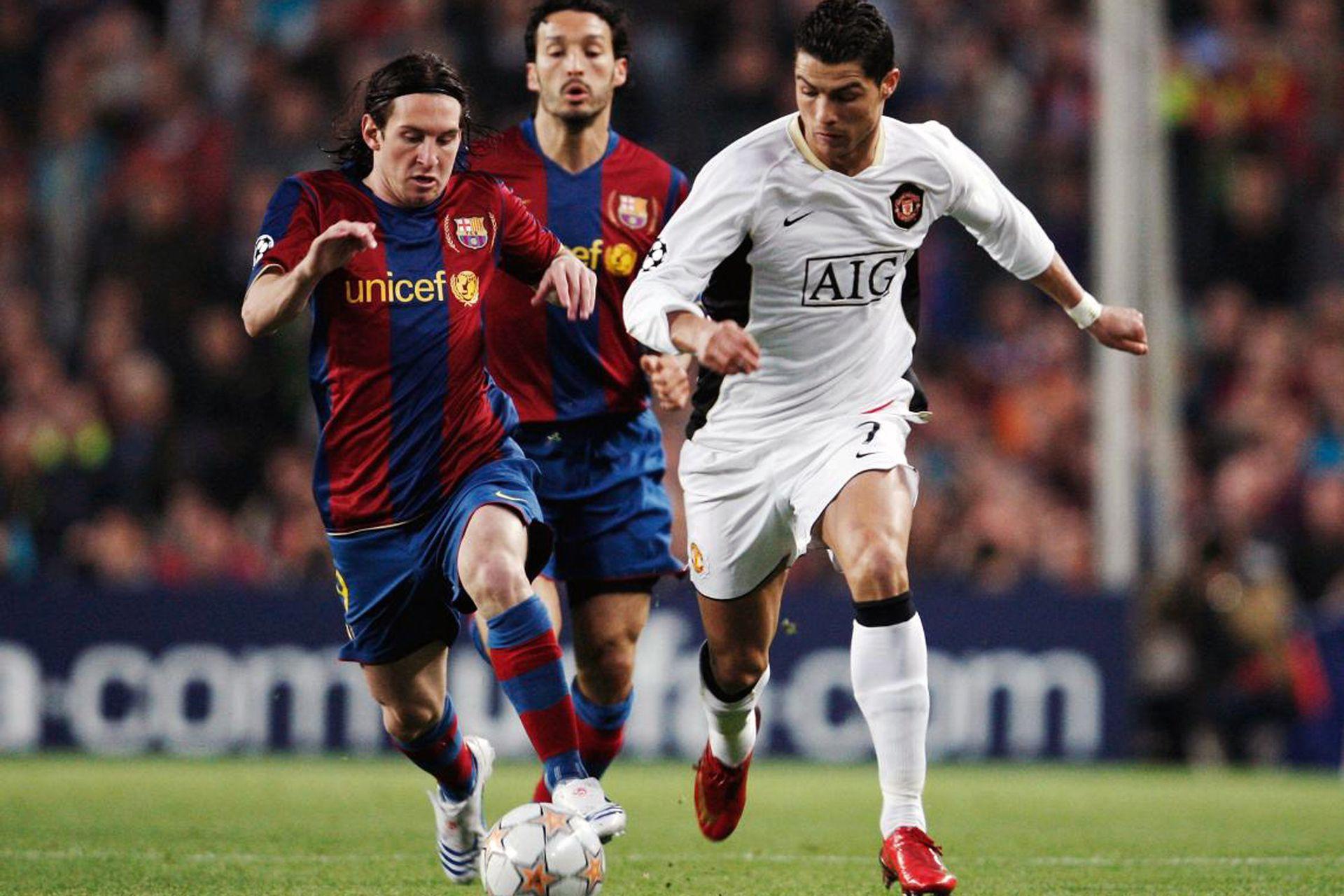 Messi vs Cristiano Ronaldo en abril de 2008. Fue la primera vez que se enfrentaron, por las semifinales de la Champions League que ganó el United