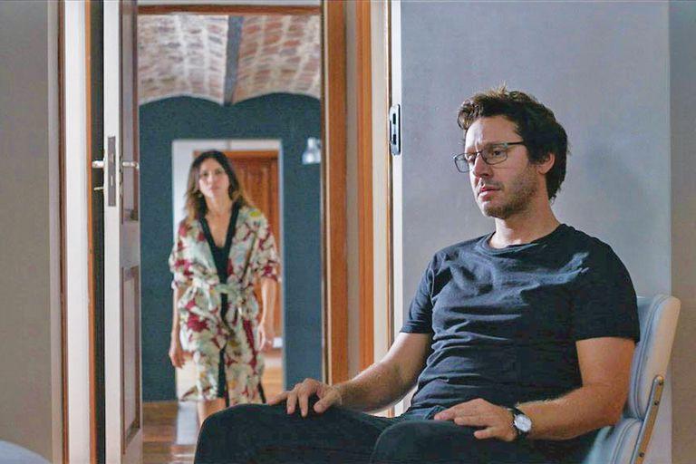 Una escena de la serie Berko: el arte de callar, en la que comparte cartel con la colombiana Angie Cepeda y la española Goya Toledo. Para su personaje, Benjamín debió engordar ocho kilos.