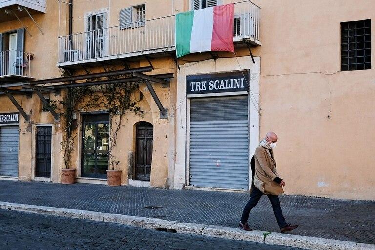 La plaza Navona, casi vacía en Roma