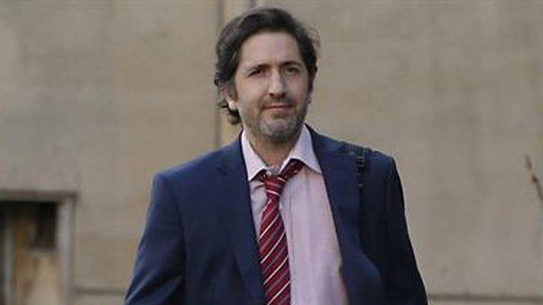 El juez federal Sebastián Casanello tiene a su cargo la causa por las amenazas a Estanislao Fernández