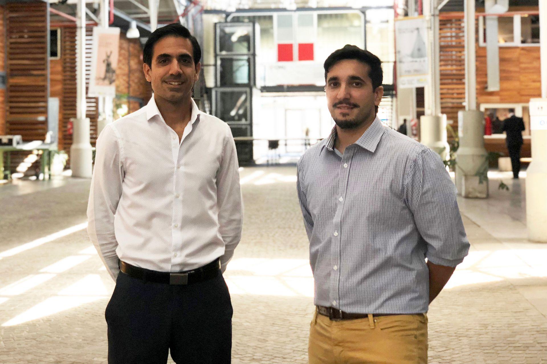 Charly Karamanian (izquierda) y Alejandro Bollana, los emprendedores argentinos ganadores del desafío