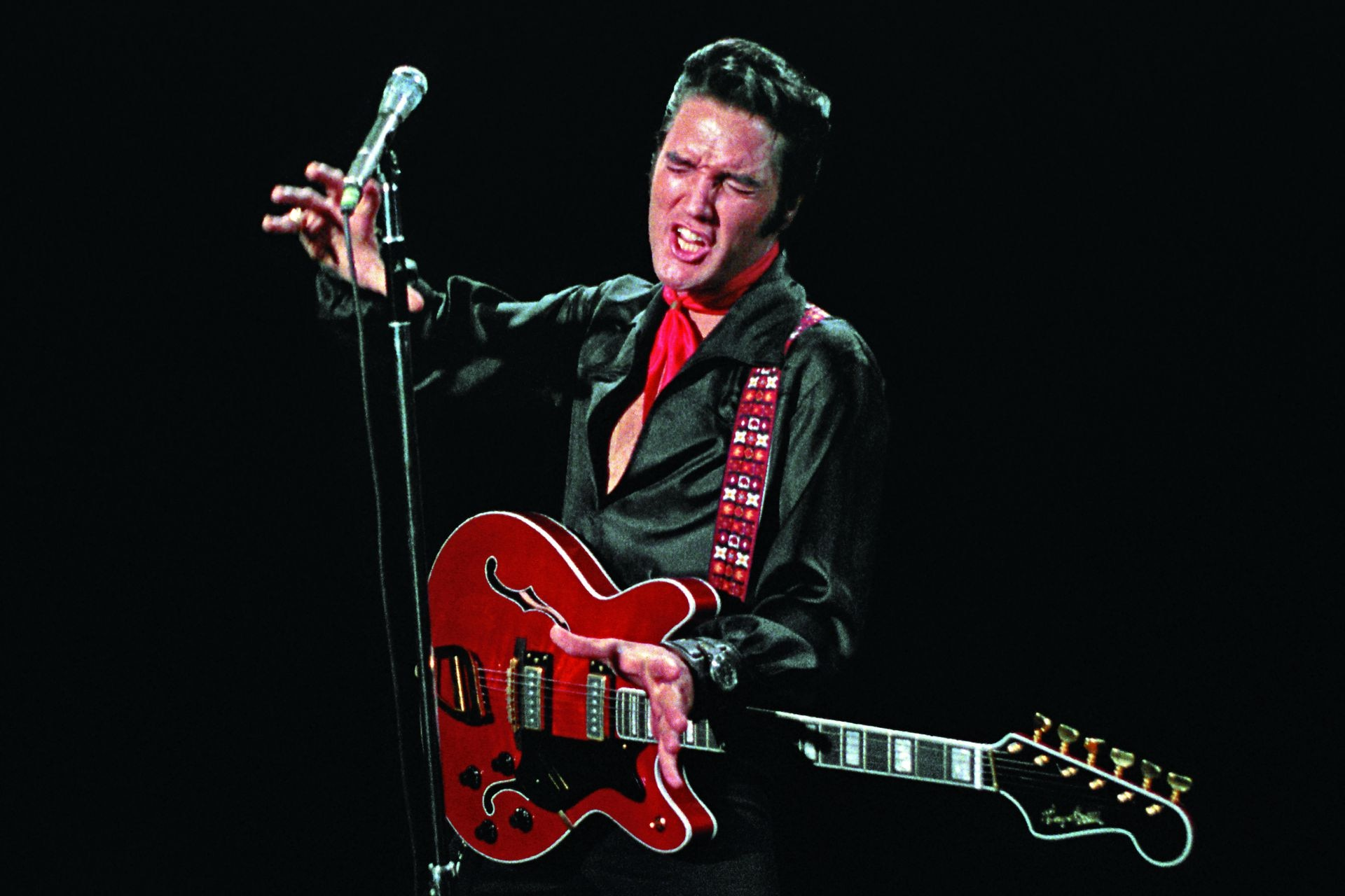 Elvis en su regreso a la televisión norteamericana, en 1968