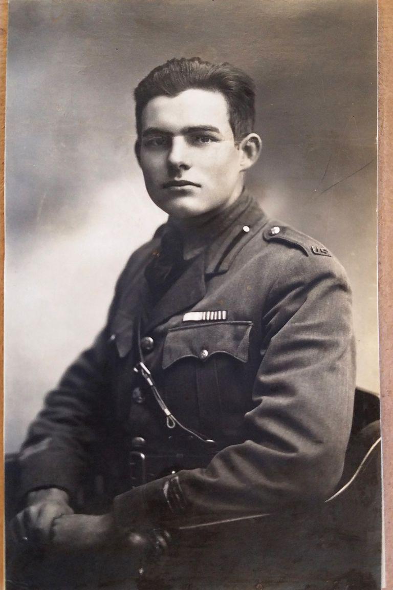 Condujo ambulancias en la Gran Guerra hasta que fue herido