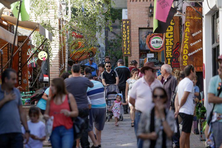 Precios por debajo de la inflación, la apuesta para reactivar el turismo