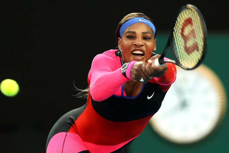 Australia: Serena Williams alcanzó a Federer y sueña con el 24° título grande