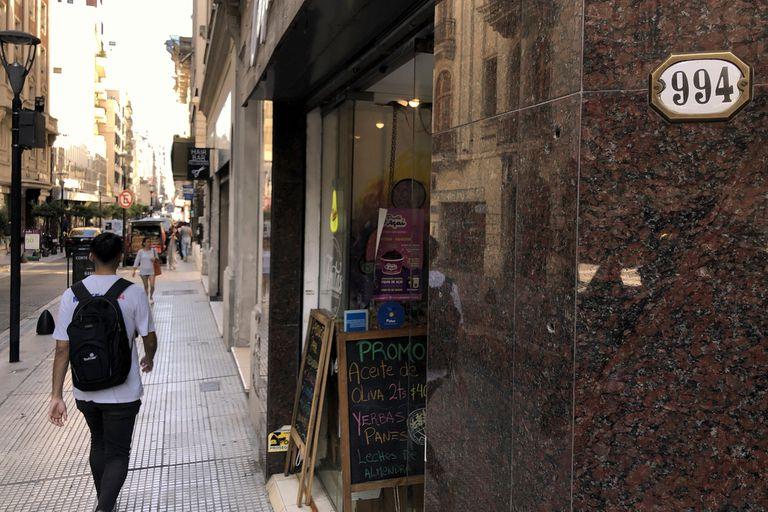 Borges vivió en el edificio de la calle Maipú al 900 por más de cuatro décadas