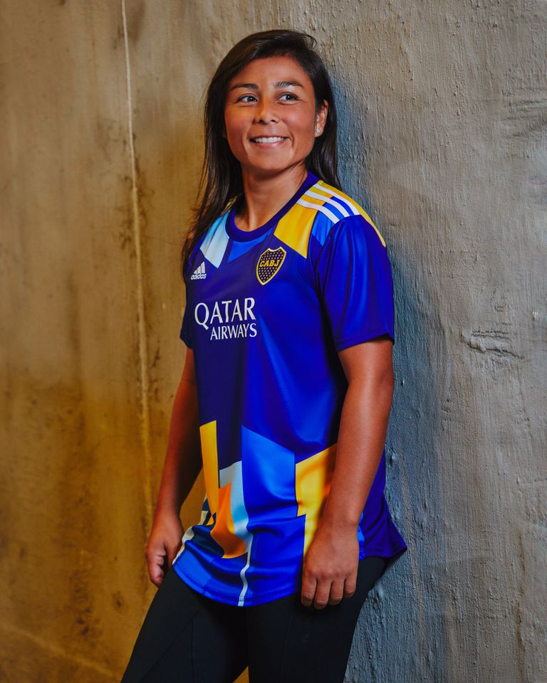 Fabiana Vallejos, mediocampista del equipo femenino de primera división de Boca