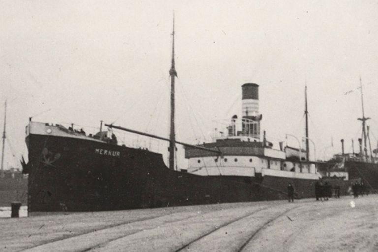 El buque mercante Merkur hundido por Scheringer