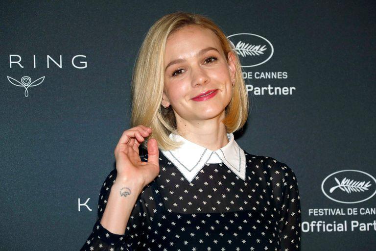 """La actriz británica Carey Mulligan fue homenajeada por la firma de marcas de lujo Kering en el Festival de Cannes, donde presenta el film """"Wildlife"""", dirigido por Paul Dano, adaptado de la novela de Richard Ford"""