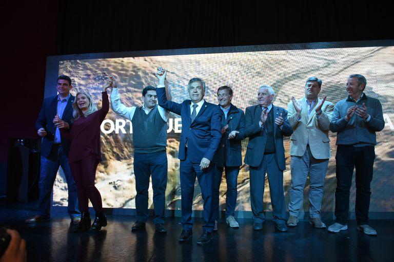 """""""Estamos llamando a licitación la obra del siglo, con todo lo que implica. Nuestra economía mendocina y el pueblo de Mendoza necesita ampliar su capacidad económica"""", dijo el goberrnador Alfredo Cornejo durante el llamado a licitación."""