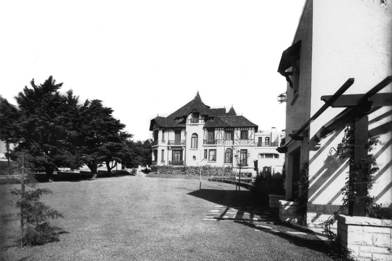 Villa Mónica, en Mar del Plata, circa 1940.