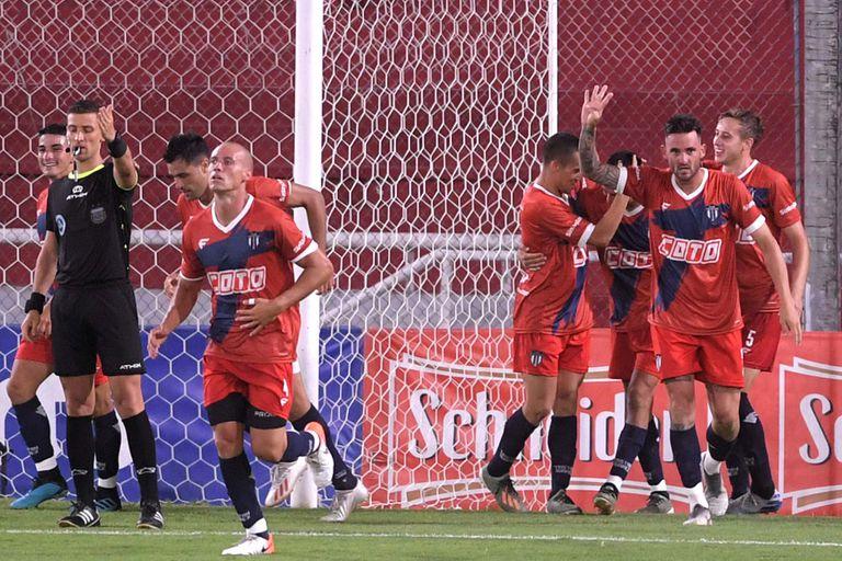 Ascenso: Tristán Suárez ganó el Reducido y debutará en la Primera Nacional