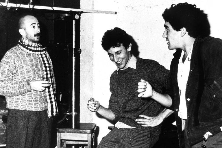 Willy Crook junto al Indio Solari y Skay Bellinson en 1987