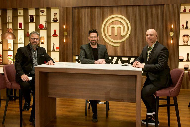 Damián Betular contó que no pueden seguir en las redes sociales a los participantes, mientras formen parte de MasterChef Celebrity