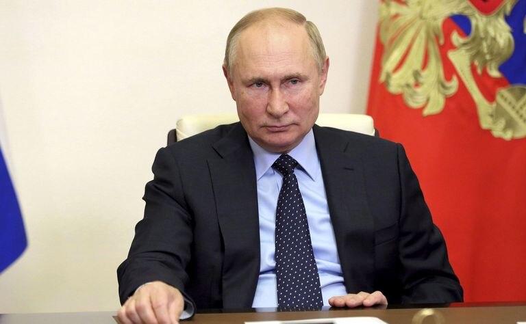 """Rusia convoca a científicos internacionales a """"cooperar en la investigación"""" de la Sputnik V"""