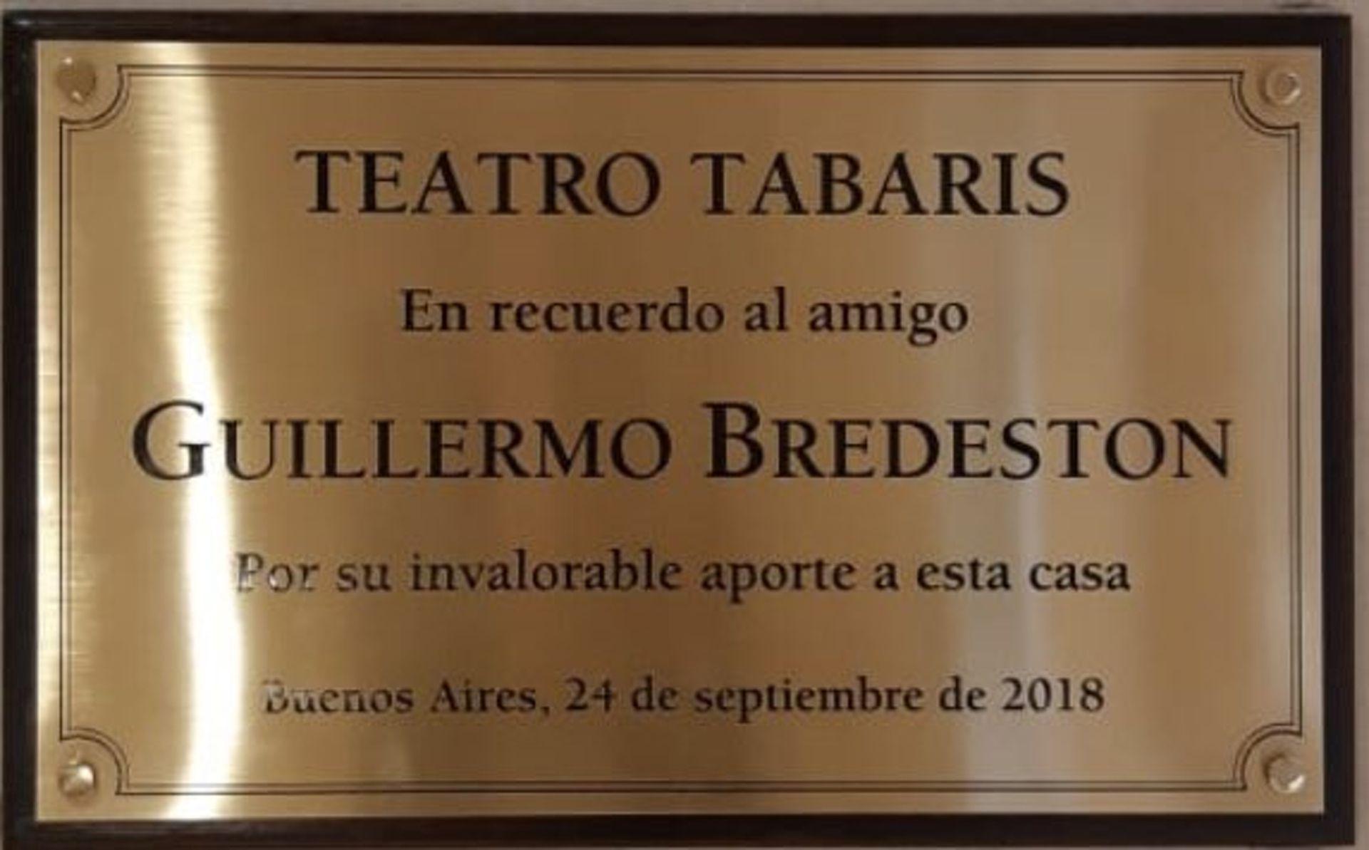 Placa que recuerda el vínculo entre Guillermo Bredeston y Carlos Rottemberg
