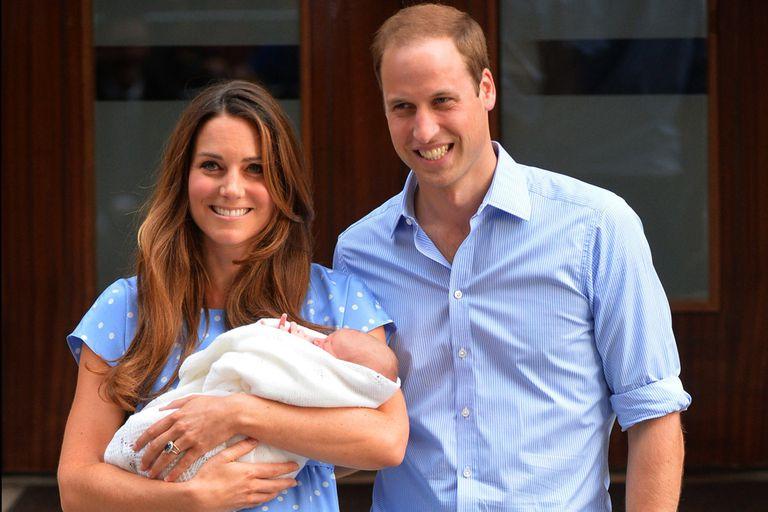 Con la llegada del primogénito George, Kate Middleton y William encontraron un equilibrio entre su vida privada y su exposición en la prensa y eso también trajo mayor armonía a la pareja