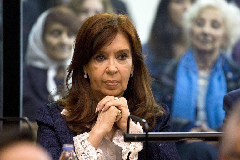 Cristina Kirchner en los tribunales de Comodoro Py, en el banquillo, por el caso Vialidad