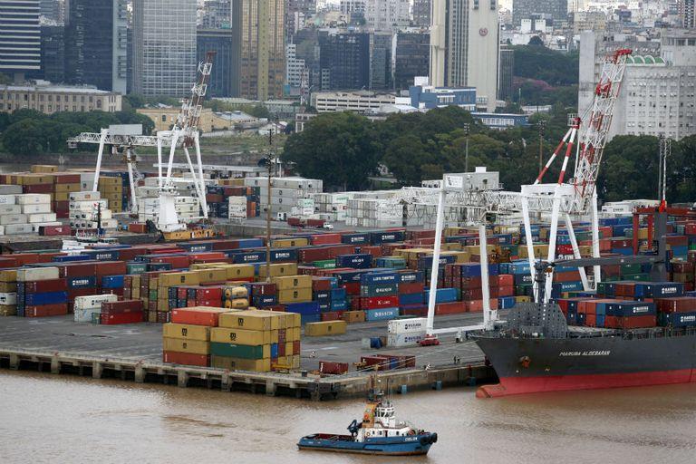 Los trabajadores portuarios convocan a un paro para el jueves 20 de mayo