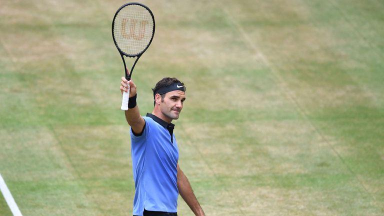 Federer no detiene su marcha en Halle