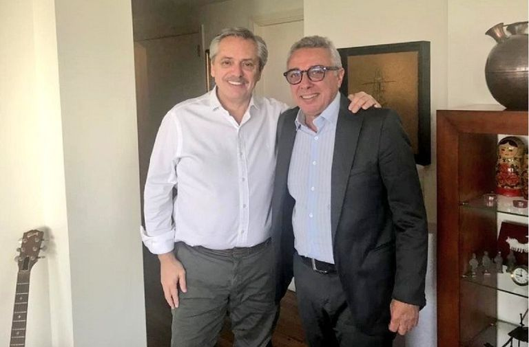 En la previa del Congreso de Massa, el intendente de Tigre apoyó a Fernández