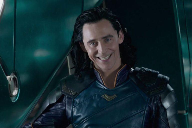 Tom Hiddleston como Loki, quien tendrá su propia serie en la flamante plataforma Disney +