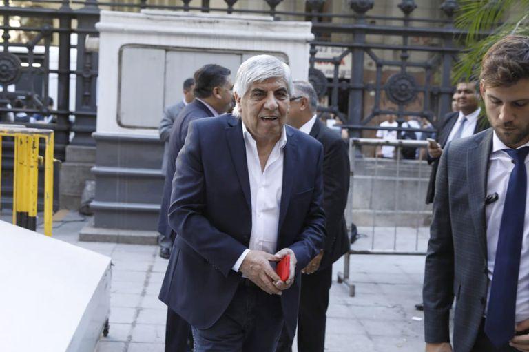 Hugo Moyano reclamó mayor participación en el Gobierno