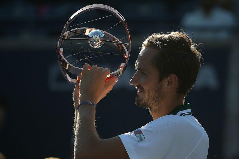 Medvedev se consagró campeón en Canadá y dio otro paso para ser el número 1 del ranking
