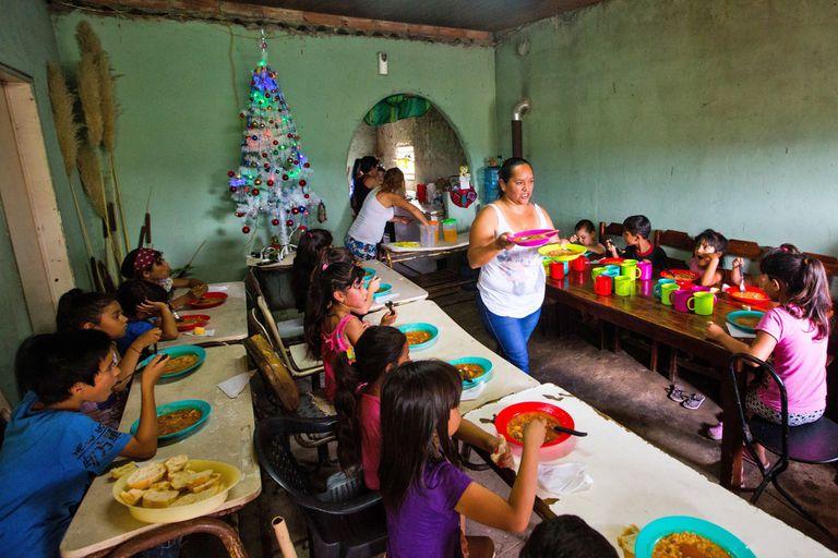 En el merendero Los Melli, de Barrios de Pie, se percibió el incremento de la demanda alimenticia