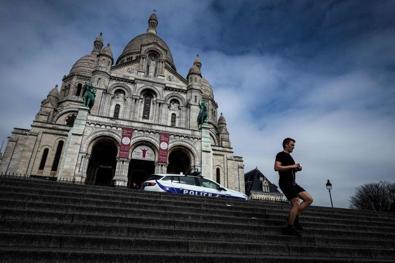 París restringió, a partir de hoy, el horario y el recorrido para salir a realizar actividades fisicas