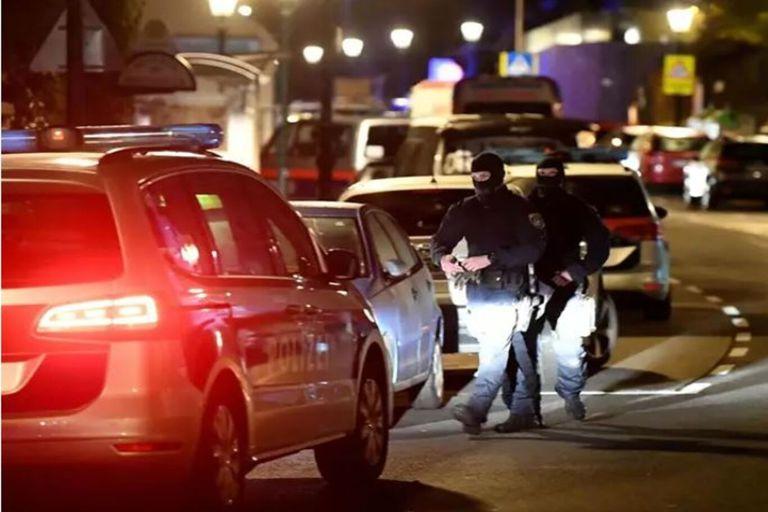 Ataque terrorista: 5 muertos y varios heridos en tiroteo en el centro de Viena