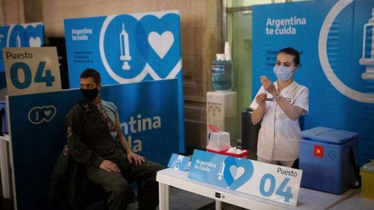 Covax ha sido una alternativa para acceder a la vacuna para muchos países de la región