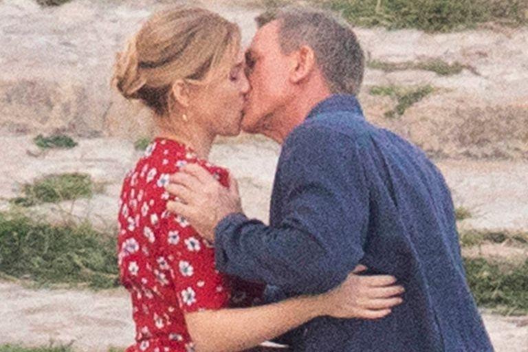 Daniel Craig y Lea Seydoux, en una de las escenas románticas del film No time to die