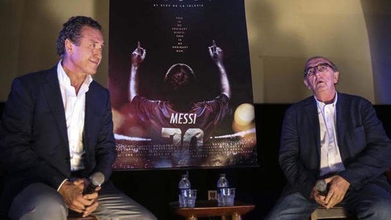 Jorge Valdano y Jaume Roures, durante la presentación de la película de Messi